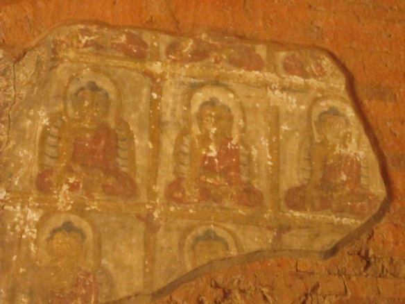 Buddha imagery in the ruins