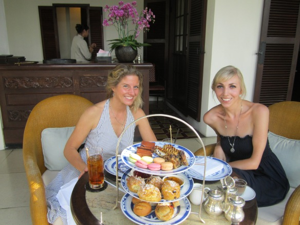 ...after our afternoon tea at the Chedi