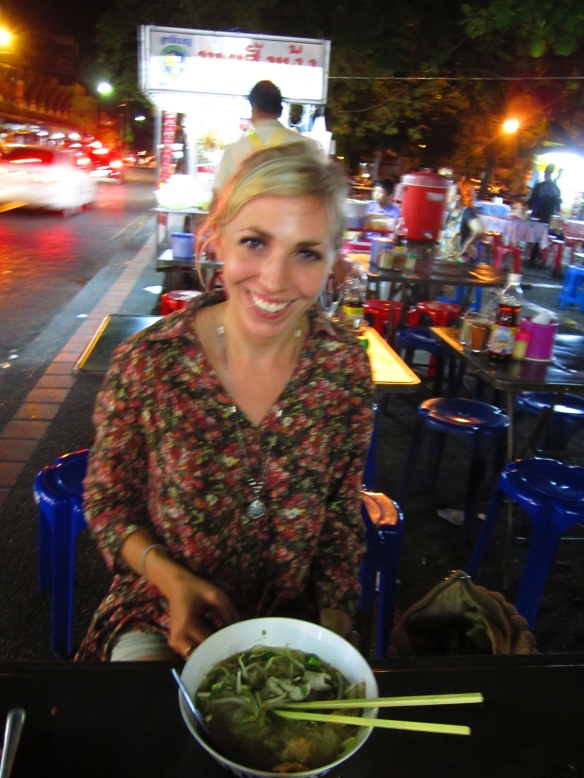Grtting gway tiao (noodle soup) with Alana at Chiang Mai Gate.