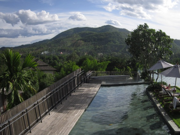 Infinity pools in the mountains - here at Verandah