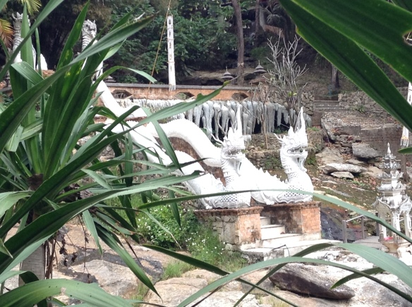 After a fairy short hike we arrive at Wat Palad. Nagas and waterfalls.