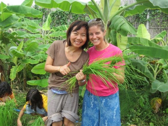 Planting rice with Kru Neung on Thai Mother's Day, August 5th.