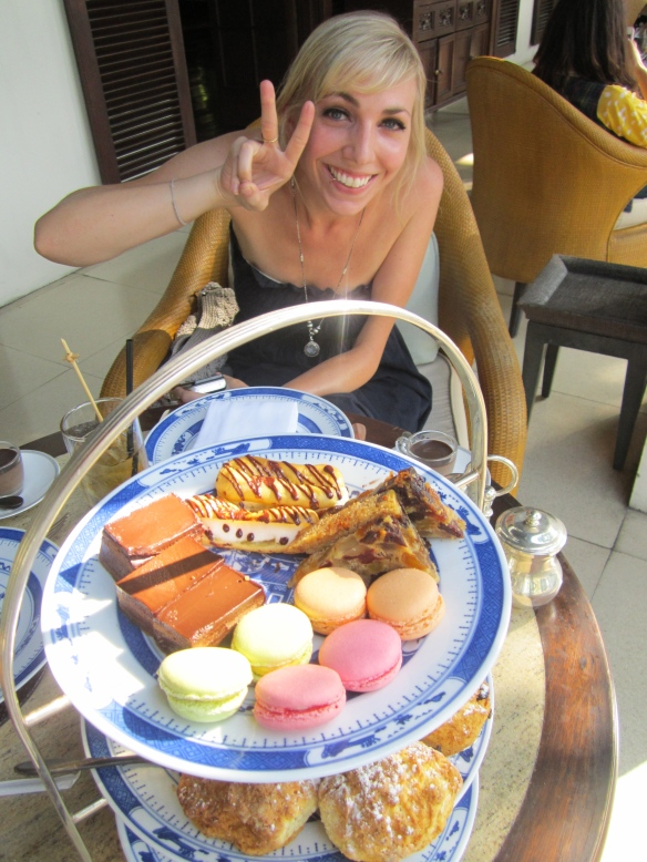 High tea with Alana at the Chedi