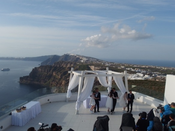 Seeing a triple wedding here didn't surprise me. We found out it was for a Chinese movie. Not surprising either.
